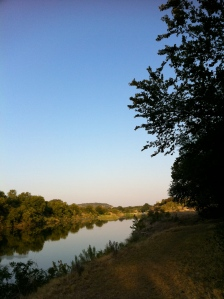Llano River is beautiful still despite near stagnation from the drought